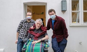 Върна се вкъщи след 306 дни лечение от ковид-19