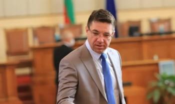 Бивш депутат на Слави отива в партията на двамата бивши министри